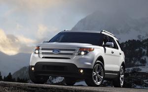 Ford Explorer - относительно экономичный внедорожник