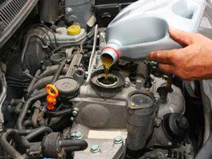 Как выбирать моторное масло