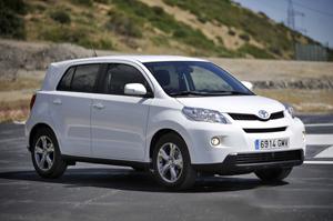 Toyota Urban Cruiser - самый экономичный внедорожник 2013